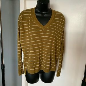 like new Madewell brown v neck striped sweater